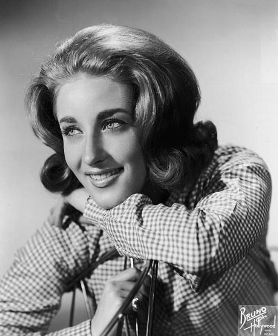 Happy Birthday Lesley Gore (May 2, 1946 February 16, 2015) singer, songwriter, actress, and activist.