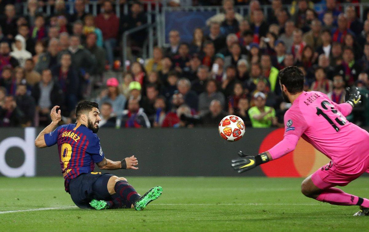 هدف برشلونة الأول في مرمى ليفربول - لويس سواريز