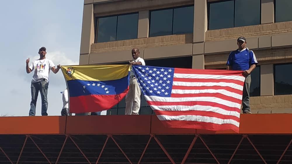 "Maduro: ""¡El Imperialismo quiere matarme!"" - Página 2 D5gVTbPWsAEKVse"