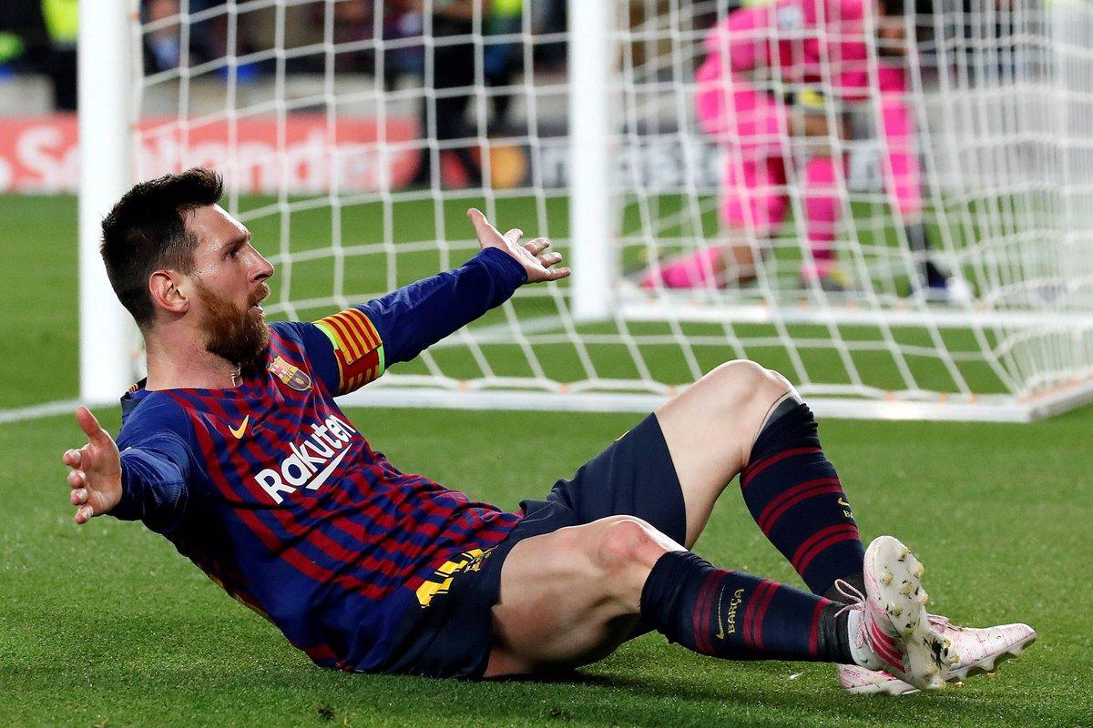 ميسي يقود برشلونة للفوز بثلاثية على ليفربول ويضعه على أعتاب النهائي 25