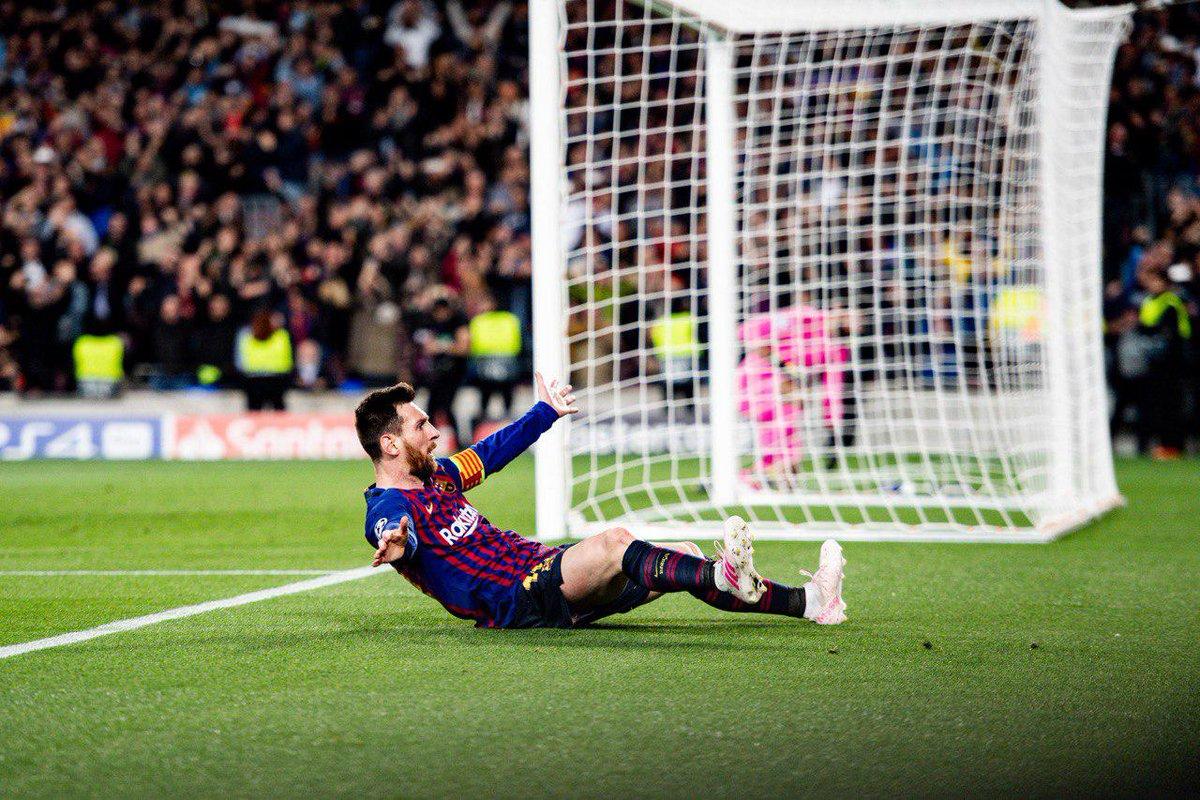 Xé lưới 33 đội ở Champions League, Messi vẫn thua 1 người