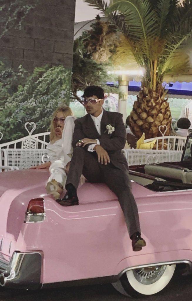 Joe Jonas dan Sophie Turner resmi menikah