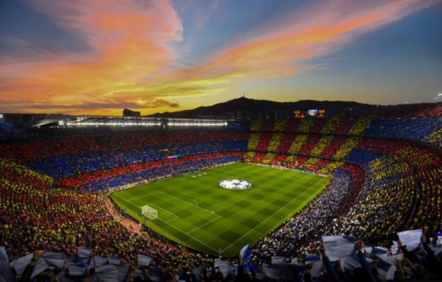 It's photos like this that make you fall in love with football...