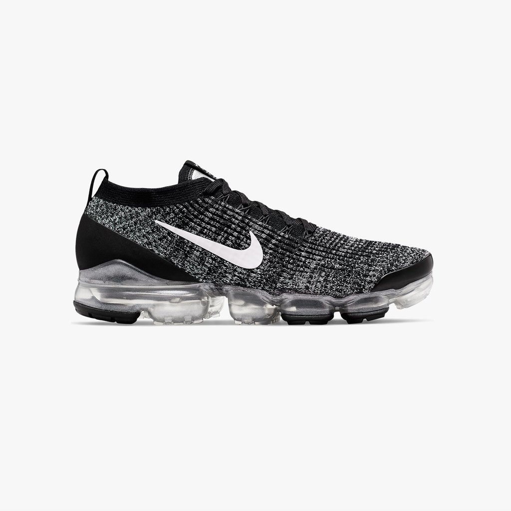 promo code a1bc8 0c81b The Nike Air Vapormax Flyknit 3 in men sizes has now launched online    in-store (Paris, London, Berlin, Stockholm)  sneakersnstuff ...