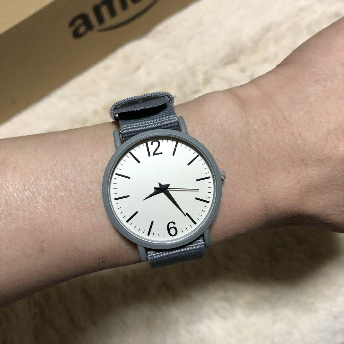 test ツイッターメディア - DAISO行ったらちょっと可愛げな腕時計があったからまた買ってしまった DAISOの500円腕時計シリーズの新しいのかな? 前から出てるのかは知らないけど(笑)  #DAISO #ダイソー #腕時計 #500円腕時計 https://t.co/pf1VX2BsUi
