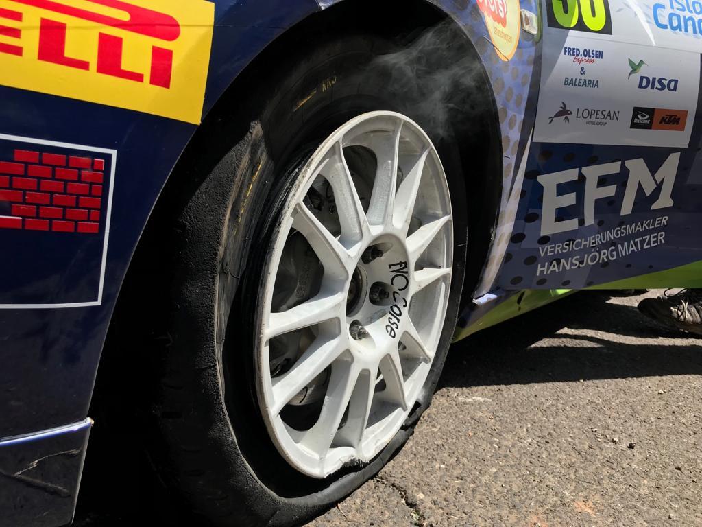ERC + SCER + CERA: 43º Rallye Islas Canarias [2-4 Mayo] - Página 2 D5jymhcXoAE2drj