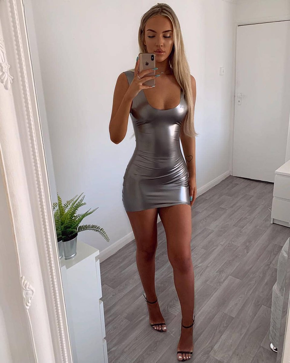 hot-naked-chick-in-tight-clothes