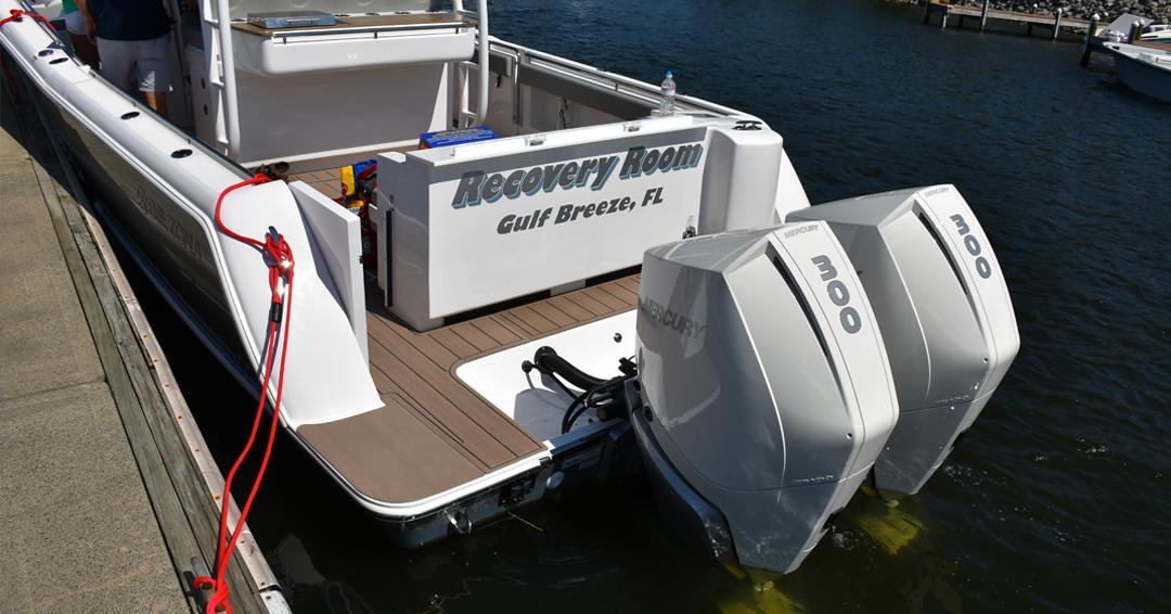 Mercury boat motors bikini girls