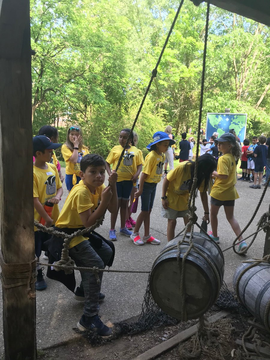 Learning about simple machines in historic Jamestown. <a target='_blank' href='http://search.twitter.com/search?q=historictriangle'><a target='_blank' href='https://twitter.com/hashtag/historictriangle?src=hash'>#historictriangle</a></a> <a target='_blank' href='http://twitter.com/APS_HankHenry'>@APS_HankHenry</a> <a target='_blank' href='http://twitter.com/APSsocstudies'>@APSsocstudies</a> <a target='_blank' href='http://twitter.com/APS_ESOL'>@APS_ESOL</a> <a target='_blank' href='https://t.co/Zkm30tKYTK'>https://t.co/Zkm30tKYTK</a>