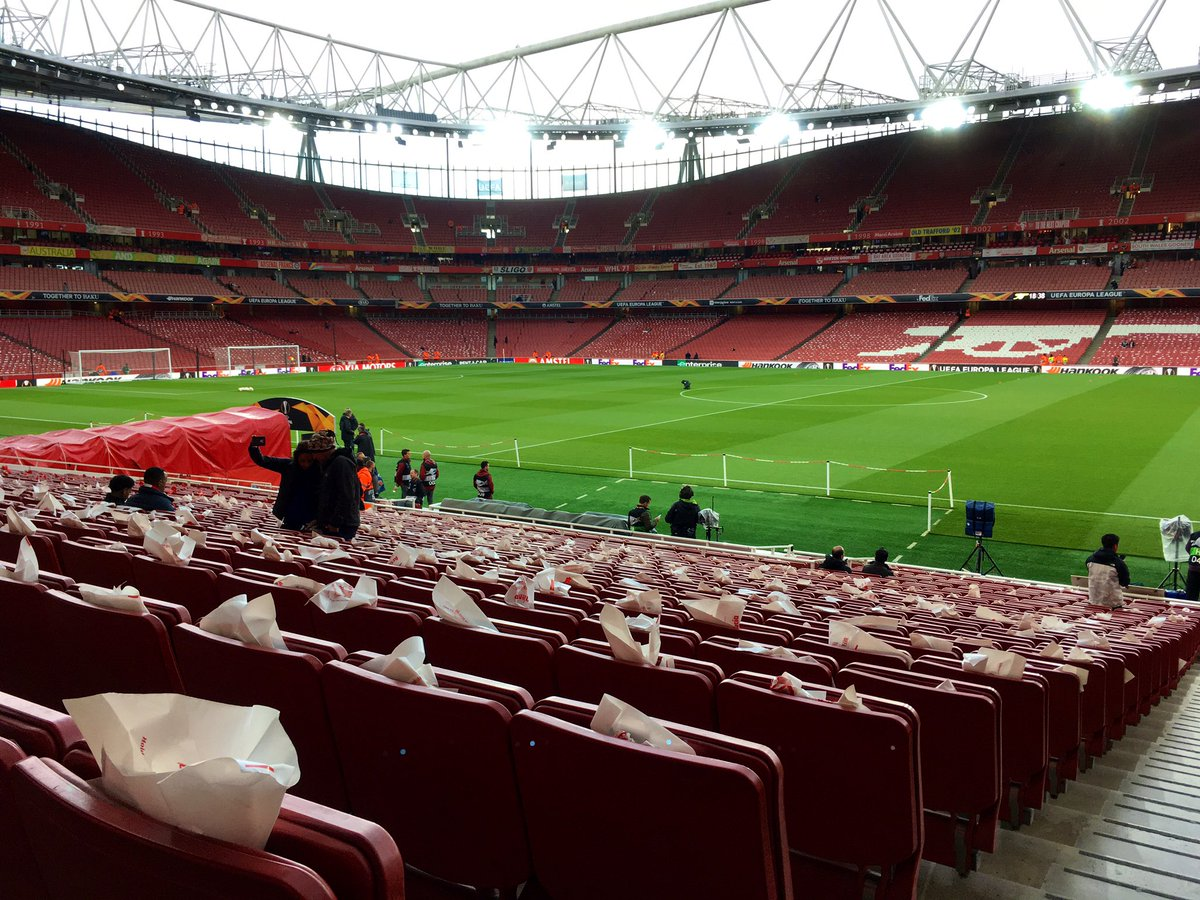 Red and white @Arsenal flags on the seats all around the stadium ready for a big night in the #UEL vs Valencia. Full commentary on @5liveSport with @LeeDixon2 and updates on @ChelseaFC in Frankfurt. We're on air from 1900 #ARSVAL