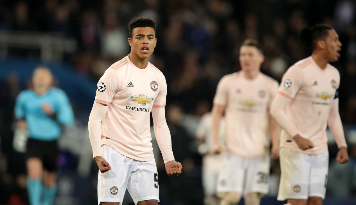 RT if you think this lad has to start against Huddersfield #MUFC