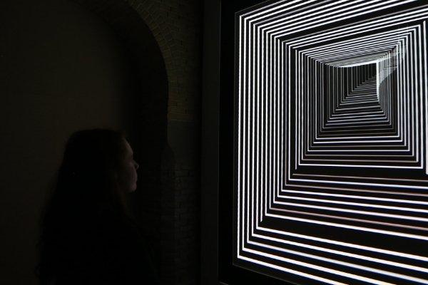 [Arts numériques 📷] L'artiste Daniel Iregui interroge le rapport de l'individu face aux nouvelles technologies. Vernissage, 4 mai à 14 h. Exposition, du 5 mai au 16 juin à la Maison de la culture Marie-Uguay. ➡️ https://t.co/esfGIA0rGO #accesculture #art #technologies #numérique https://t.co/0Pck6BS7ED