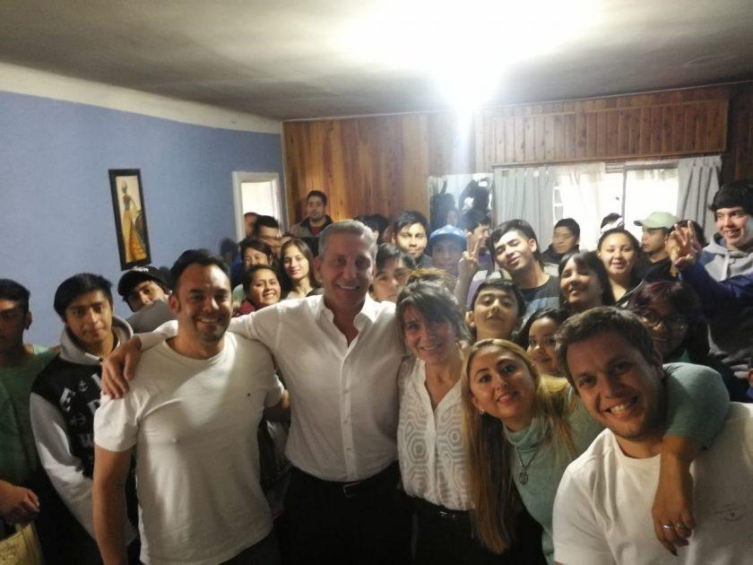 """Chechu"" Otarola apuesta por la juventud en #ChubutAlFrente https://atentochubut.com/chechu-otarola-apuesta-por-la-juventud-en-chubut-al-frente/?utm_source=dlvr.it&utm_medium=twitter…"