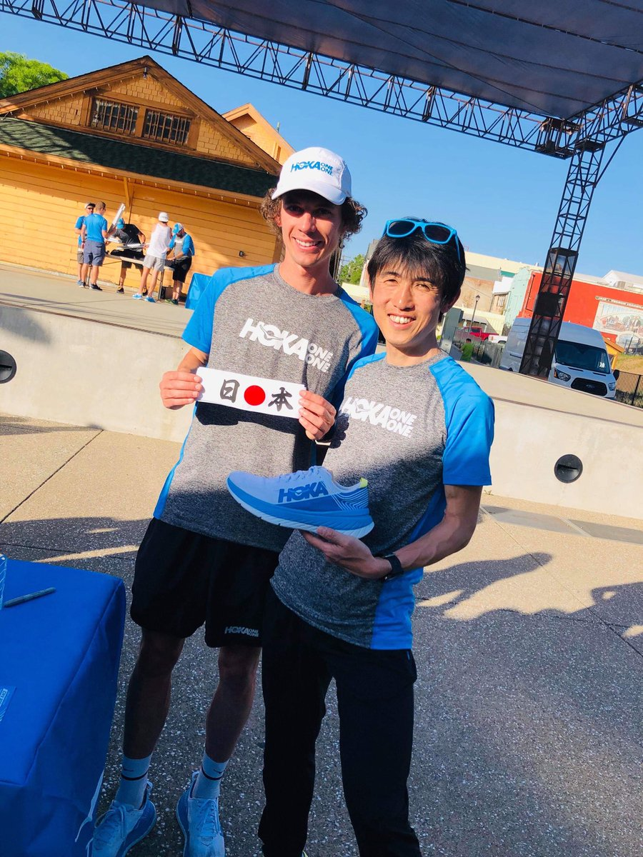 レースが行われるフォルサム市に参加するアスリートが集まりました。山内英昭、高田由基、兼松藍子の皆さんも順調です。 @HOKAONEONE とアスリートが100km世界記録に挑む「Project Carbon X」は日本時間5月4日土曜日22:00スタートです! #ProjectCarbonX