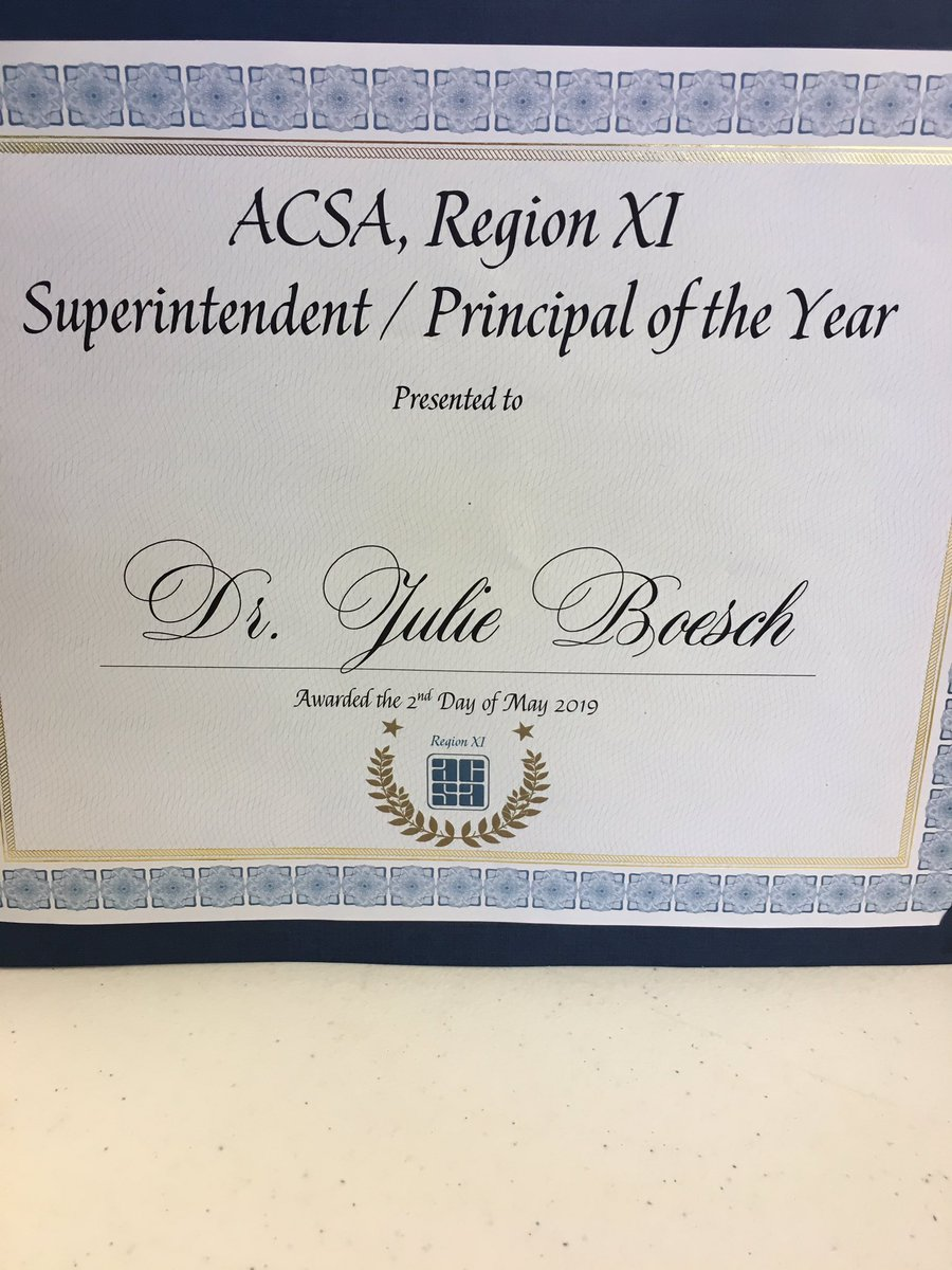 Congratulations to Dr. Julie Boesch on her well deserved award. She has been an amazing leader & mentor to me. #thefuturestartswithus #weareMaple