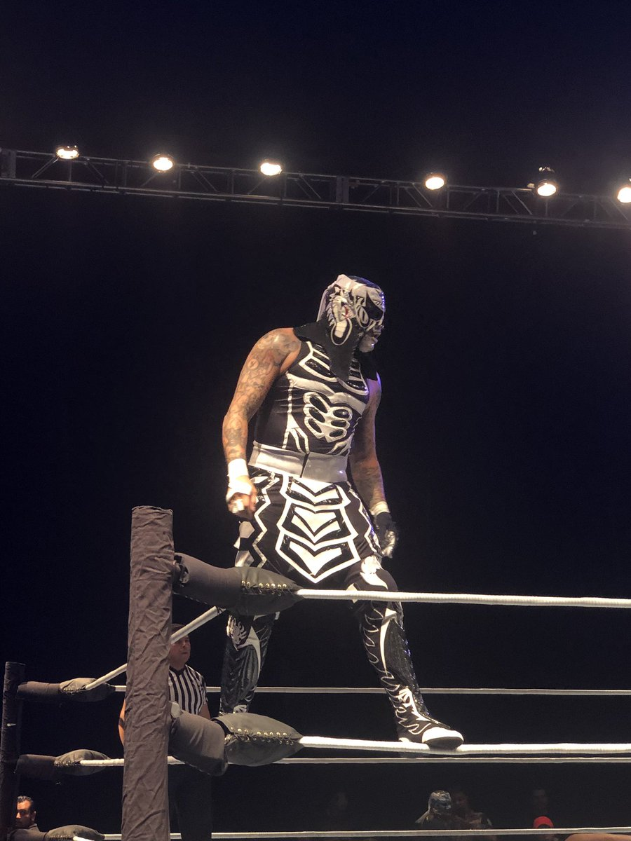 Iniciaron las acciones en Gladiators, en el Frontón México 5