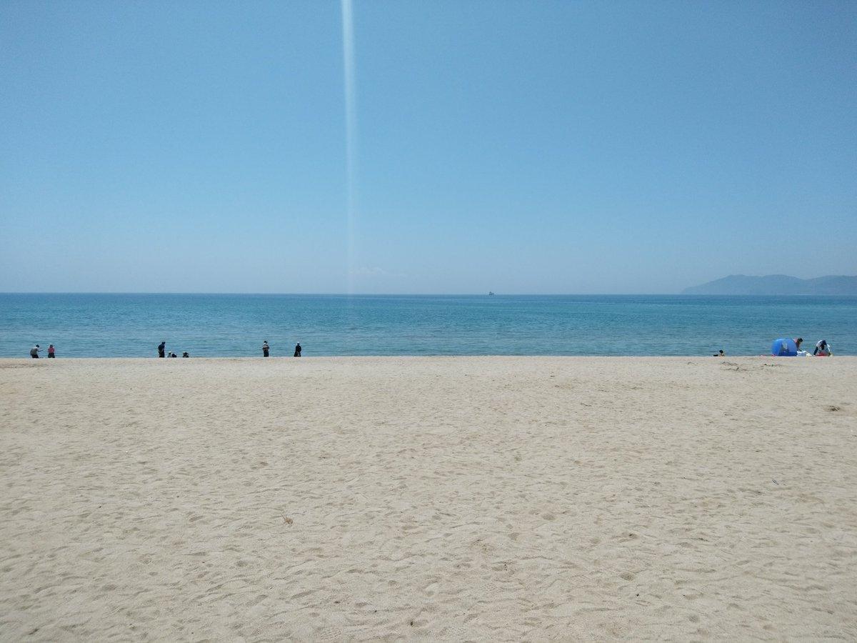 #山口県光市 #虹ヶ浜海岸 母、姉、姪と虹ヶ浜海岸の鯉のぼりを観に行きました。晴天なので絶好の日でした
