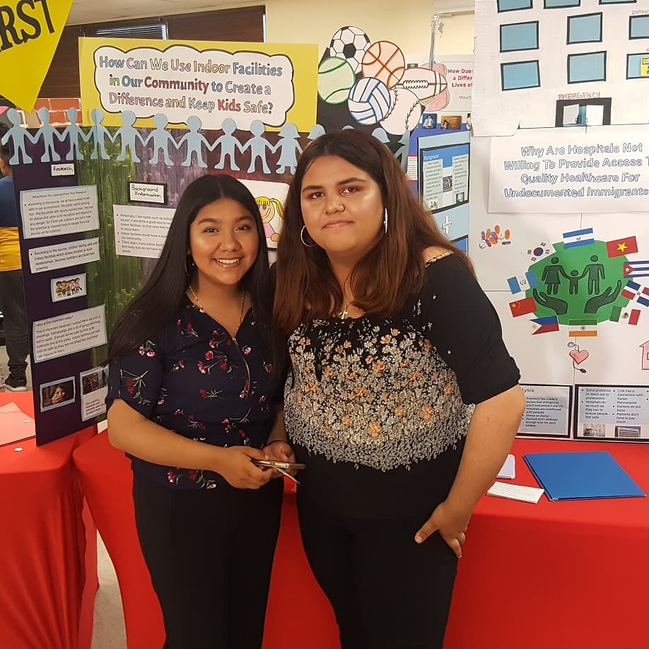 So incredibly impressed to see the hard work and expertise of our #Círculos students! They've been working so hard this semester on their #PBL! Congratulations to the students, teachers, LHA staff, and the entire #Círculos team! #SAUSD #xqsuperschool @XQAmerica @SantaAnaUSD – at Latino Health Access