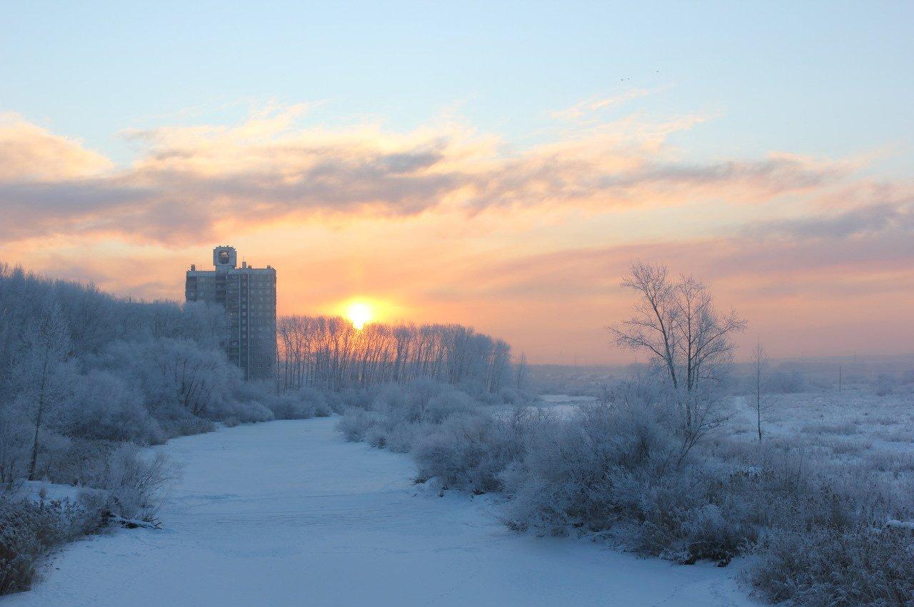 морозное утро в городе фото этого лагеря