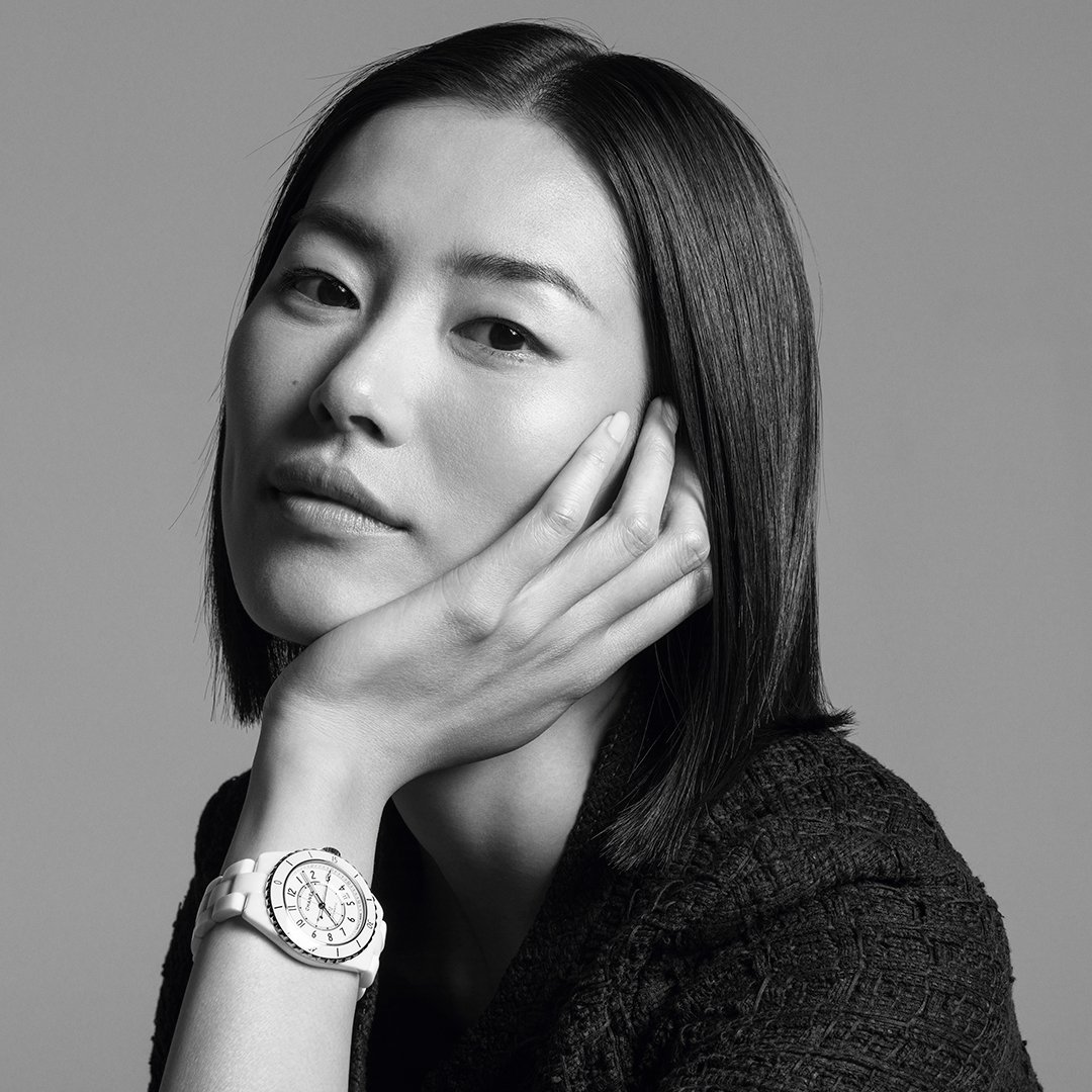 THE NEW J12. IT'S ALL ABOUT SECONDS. Stop for one second to discover the new J12. A legend in watchmaking, the timepiece has been reinvented while preserving its identity. A new way to see time. Discover the watch on http://chanel.com/-j12liuwen  #TheNewJ12  #ItsAllAboutSeconds