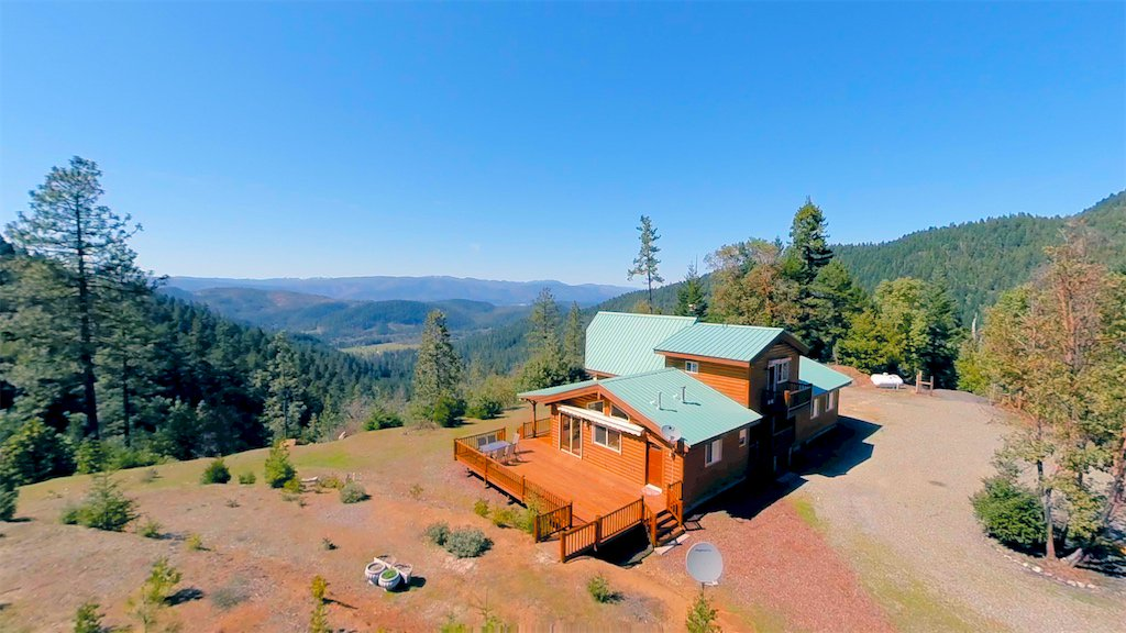 A nature lover's paradise on 231 acres in southern Oregon with breathtaking mountaintop views. Enjoy many adventures on miles of private hiking trails and over 1 mile of crystal clear creeks running on the property.  Watch the video at Rogue Valley Video: https://t.co/n232N75FfU