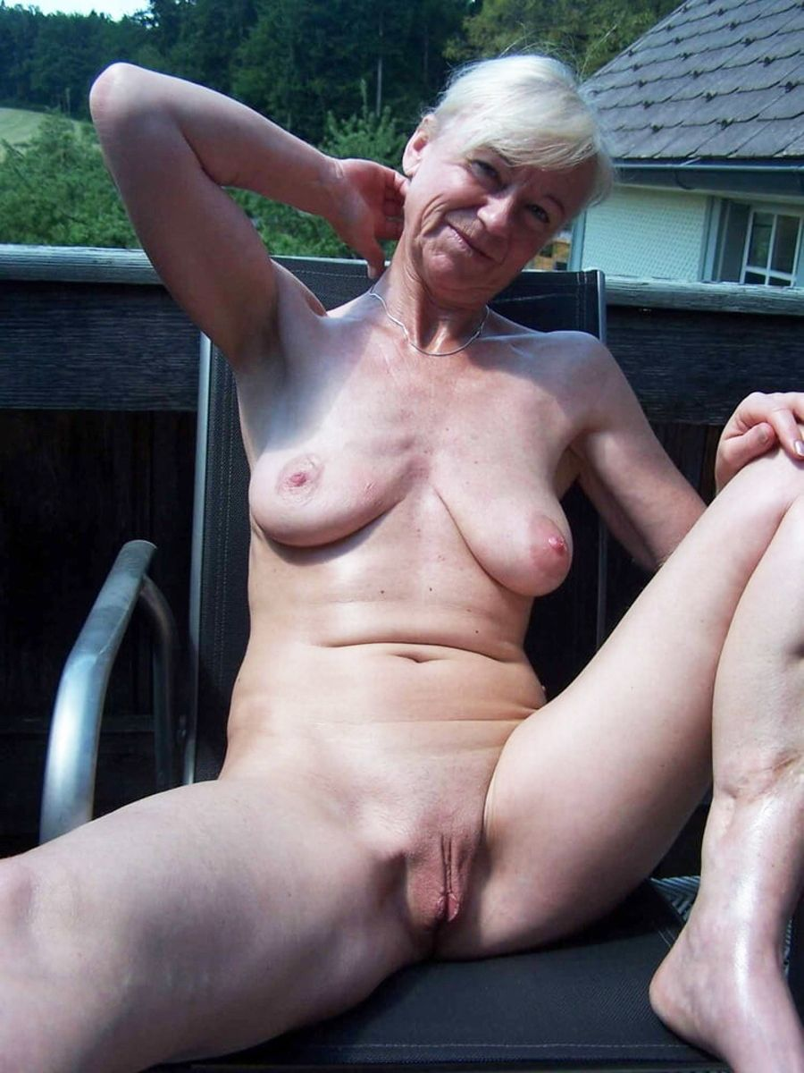 Older matures naked
