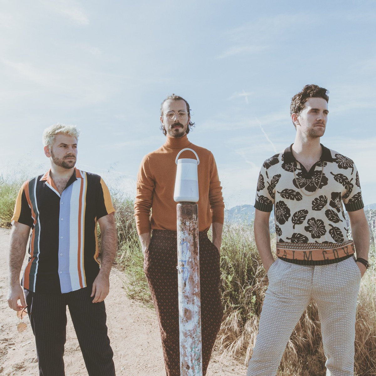 """#NewMusic Alert! @theshadowboxers' new song """"Last Summer"""" will take you into the weekend on a high note: https://bose.life/2GXPSn1 🎧 #SoundLink Revolve+"""