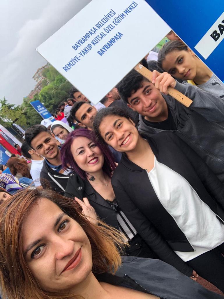 Okulumuz öğrencileri Marmara Üniversitesi Spor Akademisi Kampüsü'nde gerçekleştirilen 13. Özel Sporcular Atletizm Şenliği'ne katıldılar. @tcmeb @MebOrgm @uskudarbld @Istanbul_ILMEM @memleventyazici @MemBayrampasa