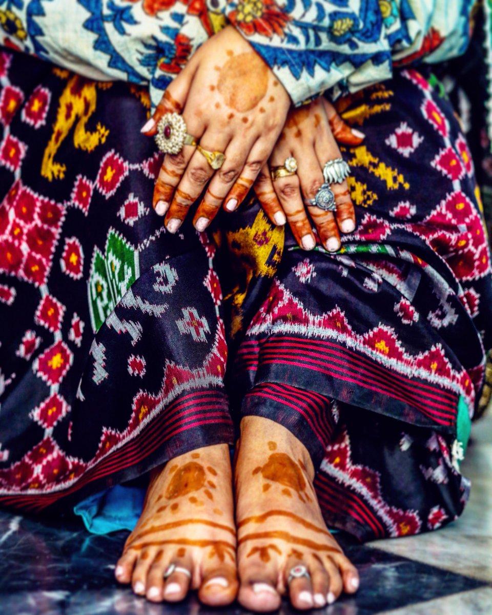#ayushkejriwal #designerayushkejriwal #ayushkejriwalstyling #sarees #sari #beautiful #ayushkejriwalpatolas #patolasilk #handmade #madeinindia #patolasilksaree #patolasilk #worldofayushkejriwal #ayushkejriwaljewellery #ethnicpic.twitter.com/lfzgCrWKjb