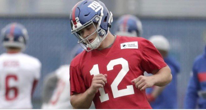 Eric Dungey listed at two positions on Giants' mini-camp roster
