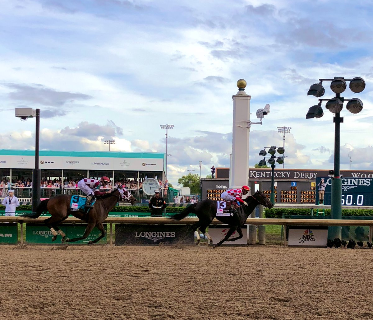 Serengeti Empress wins the Longines Kentucky Oaks