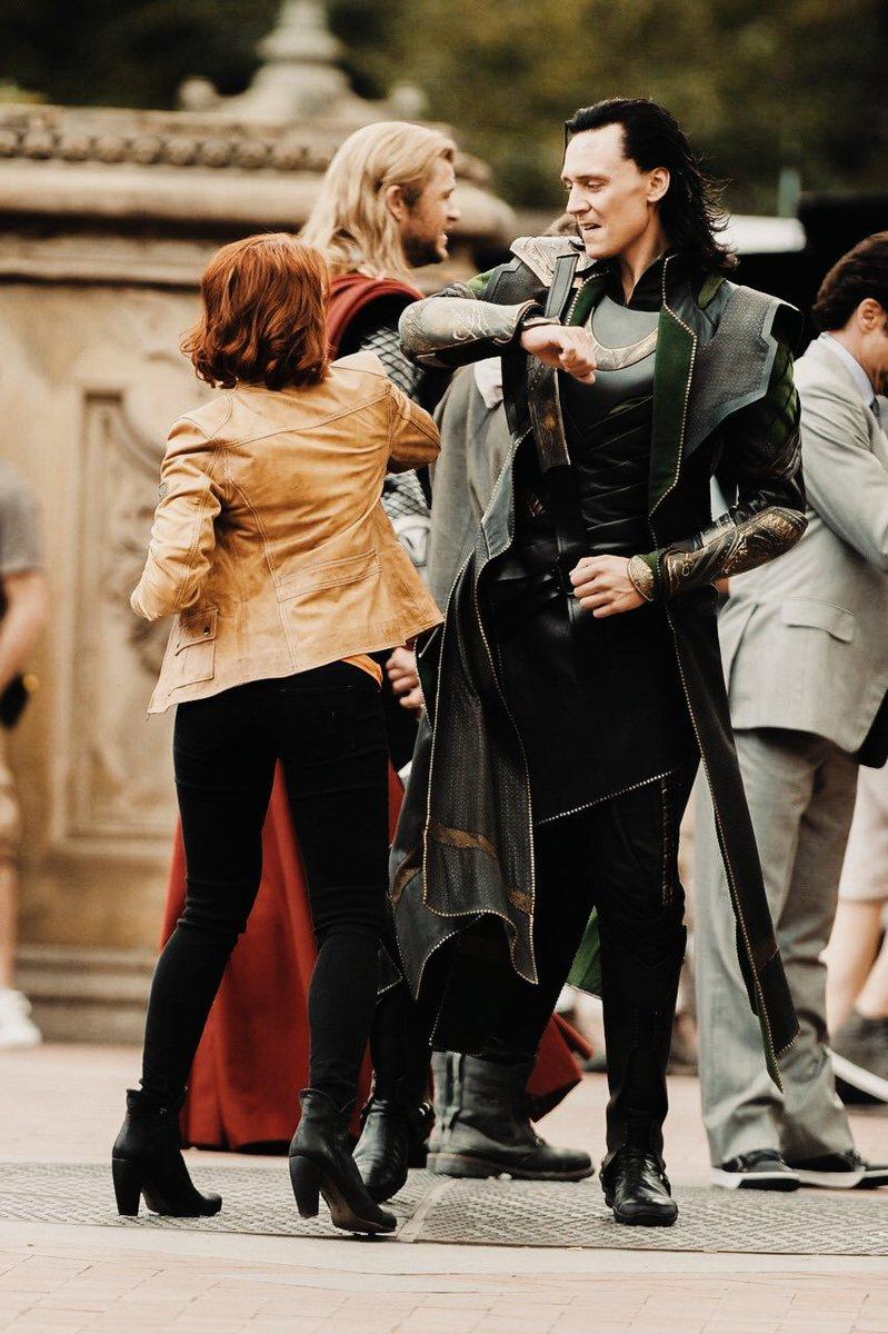 Scarlett Johansson Y Tom Hiddleston Novios - Scarlett