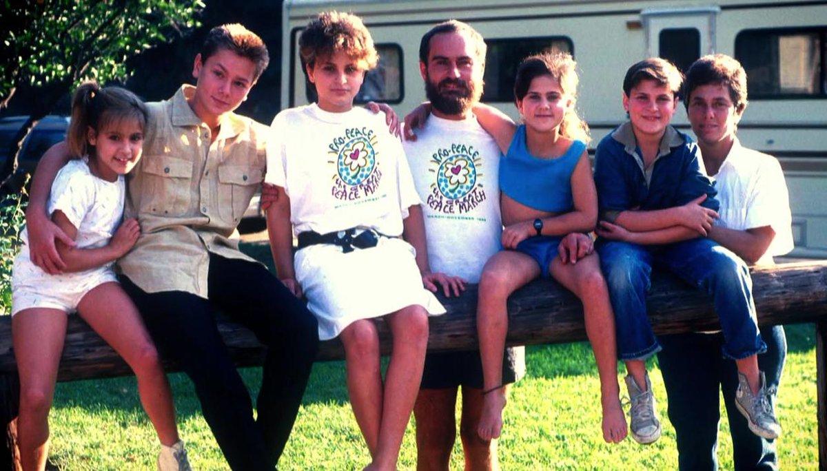 Kisah Hidup Joaquin Phoenix Yang Menyayat Hati