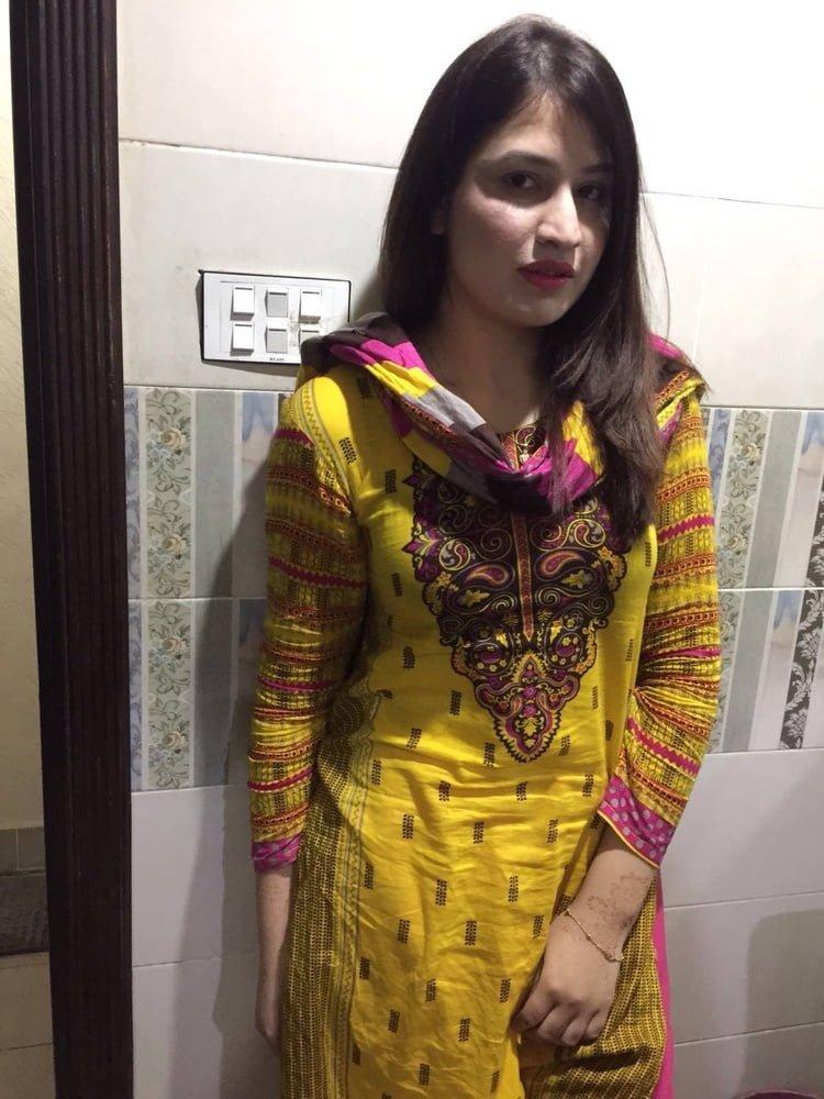 Naked pure pakistani girls 9