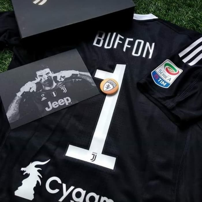 official photos 91748 a7eea IG: bianconeri.store on Twitter: