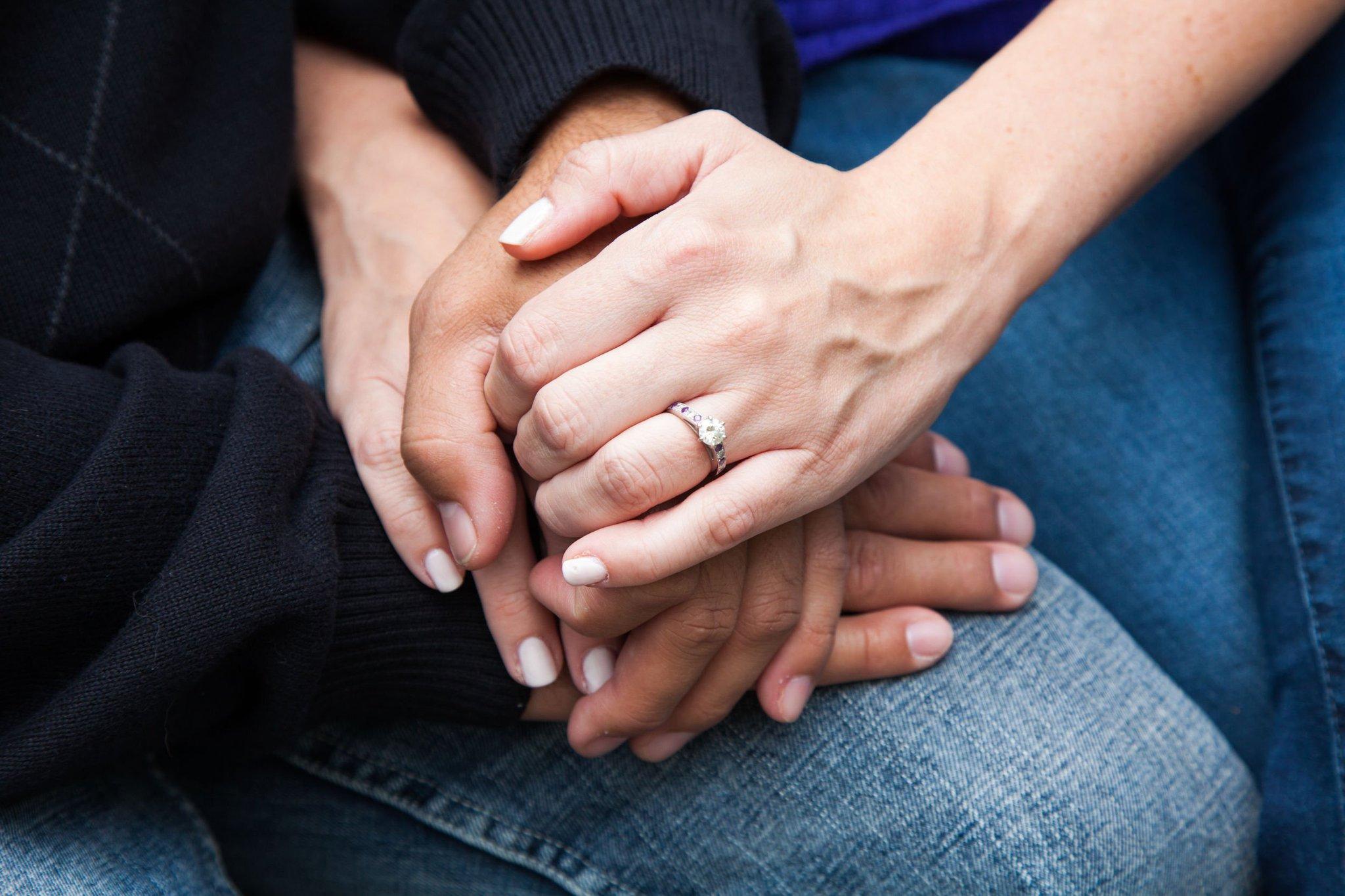 достичь руки молодых людей картинки свадьба узнайте как