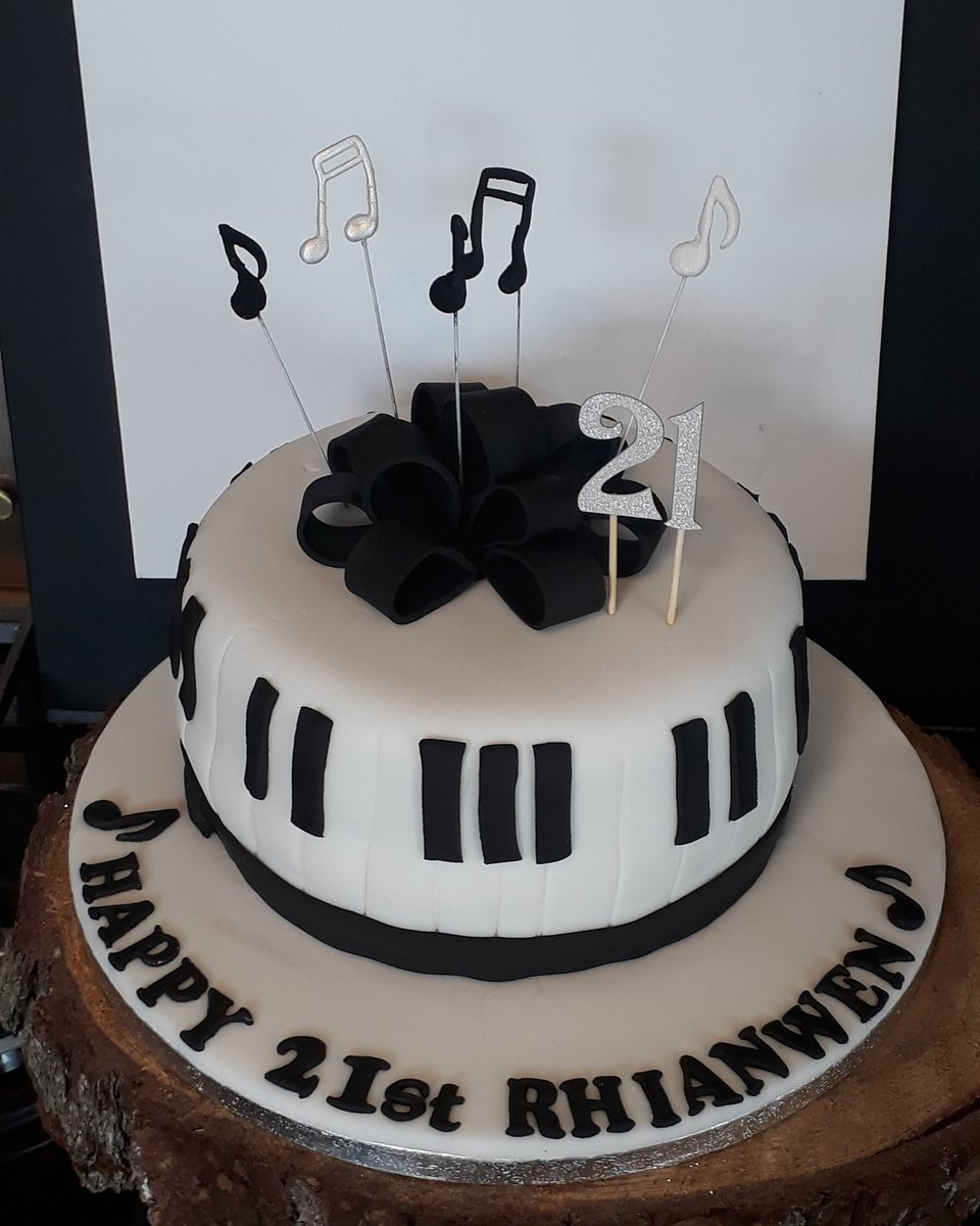 A Music Themed Birthday Cake For Special 21 Year Old