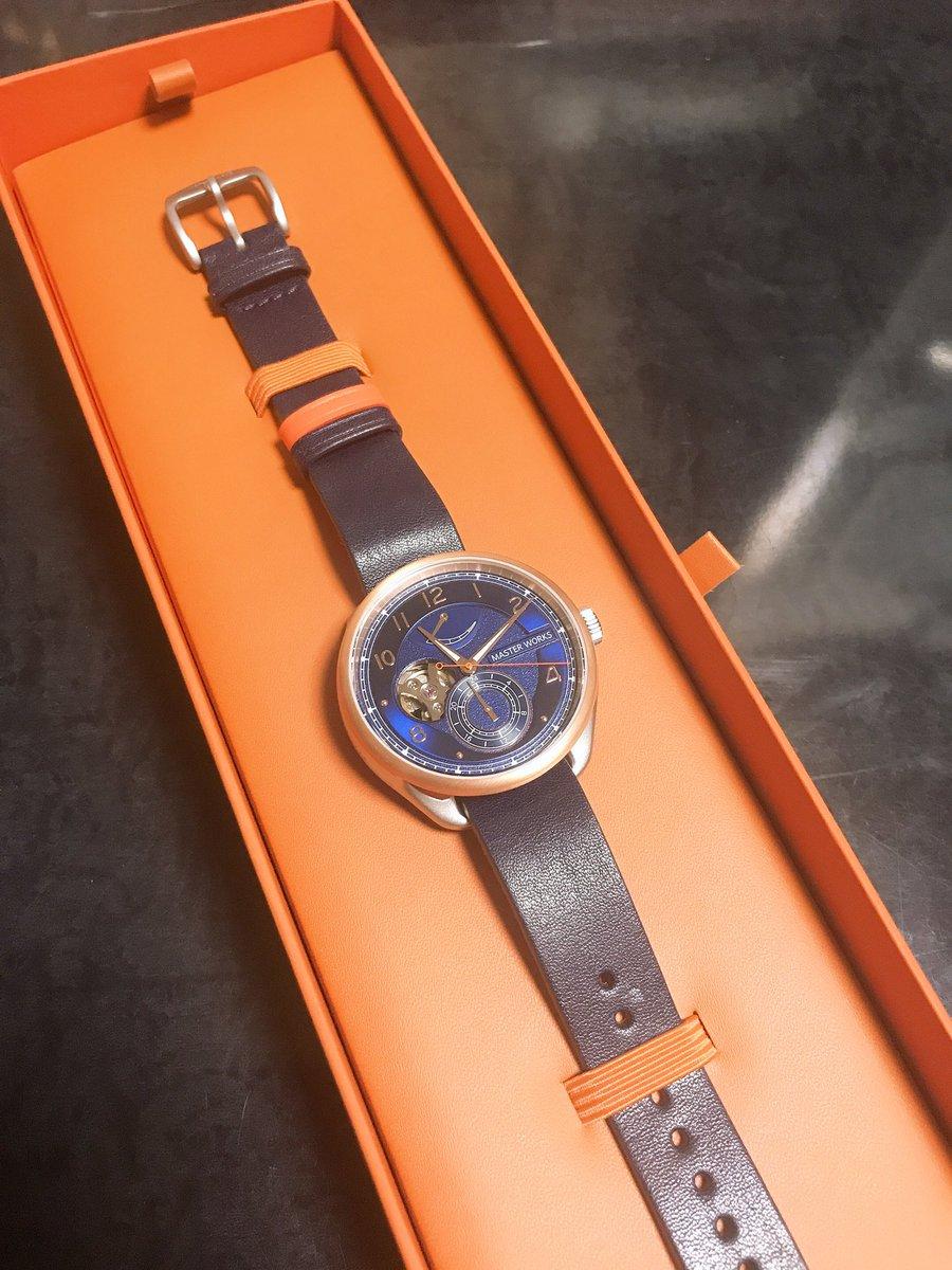 就職祝いで時計買ってもらったー!一目惚れしたけど色んな時計に惹かれたから時計熱が再燃しそう?