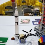 Image for the Tweet beginning: A 1/110 scale Skylab and