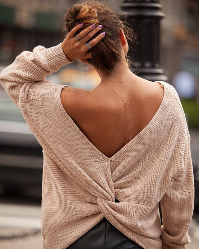 Girly Times! Do you like?   Necklace: http://bit.ly/2wqlW0y  #jewellery #delicate #rosegoldjewelry #longnecklace #minimalist #fashion #style #ootd #outfit #streetstyle #fashionista #chic #pretty #womenstyle #ootdfashion #photootheday #bestofthedaypic.twitter.com/sDwstONGUj