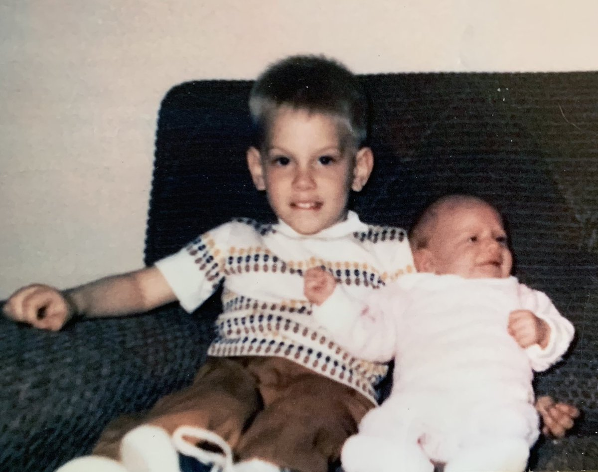 For the first time this publicly, I shared this weekend a snapshot of the bullying I've experienced in my life & how my dad kicked me out as a teen for being gay. Hoping to inspire folks to watch their words, especially to their children. It's long but sharing here (thread):