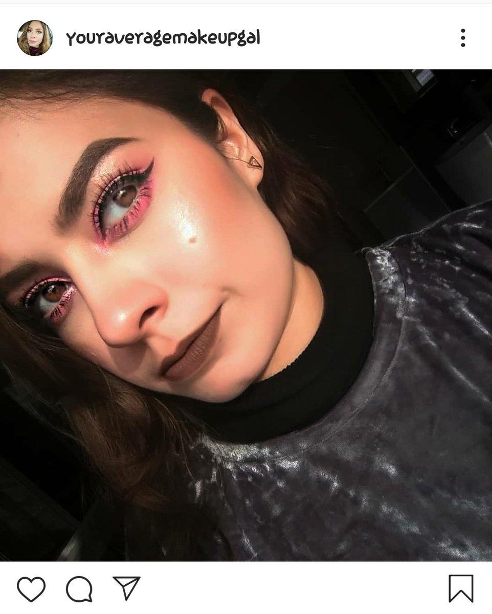 That lip color tho!  Foundation: @nyxcosmetics total control drop foundation Eyeshadow: @nyxcosmetics #nyxbrightspalette  Lips: @nyxcosmetics 23 after hours Eyebrows: @elfcosmetics  Highlight: @wetnwildbeauty  Liner: @maccosmetics . #pinksmokeyeye #makeuplook #maquillajedeojos pic.twitter.com/WipxaevzzB