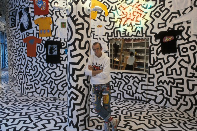 Happy birthday to the legend himself. Rip Keith Haring