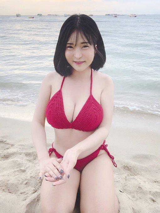 Nichada_yoshiiのTwitter自撮りエロ画像50