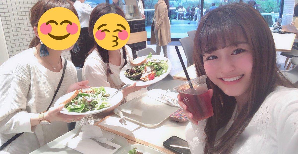昨日は、福岡の学校の友達と1日一緒に過ごしてました☺️?就職だったり研修だったりで東京にいる友達がちらほらいて、こうやって東京で会えるのが新鮮すぎて楽しくて仕方ないそんな1日。友達の存在は大きいな〜とつくづく思うのである。感謝!