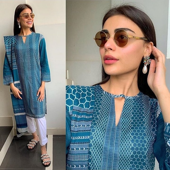 Seedo The Tailoring App سیدو On Twitter Sadafkanwal Looks Gorgeous In This Turquoise Knee Length Straight Shirt With A Boat Neckline Having A V Slit Paired With White Cigarette Pants Stitchingservice Pakistan Dontbuywecansewit