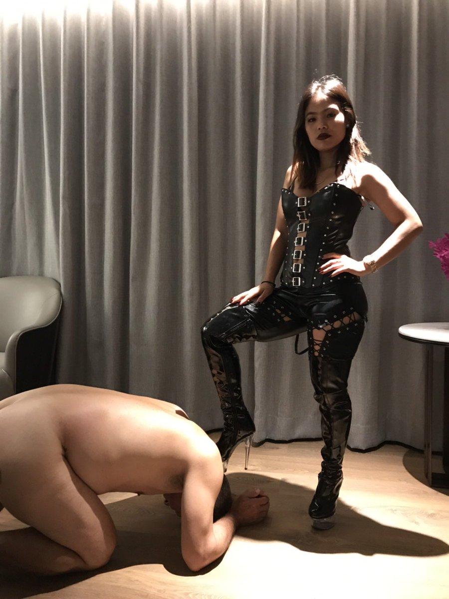 Slave femdom Female Domination