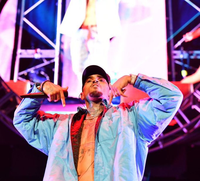 Happy birthday Chris Brown! Credit picture by Pinterest
