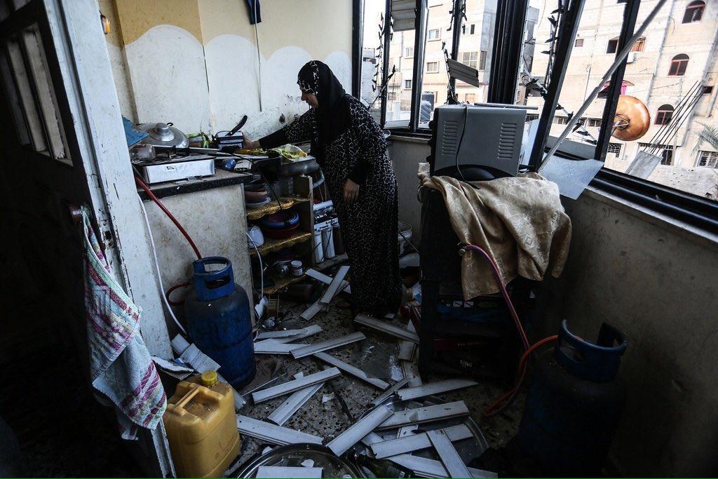 ##Gazze'den roket atılmasının devam etmesi üzerine #İsrail Hava Kuvvetleri bugünde bölgeyi vuruyor. #Filistin   📸
