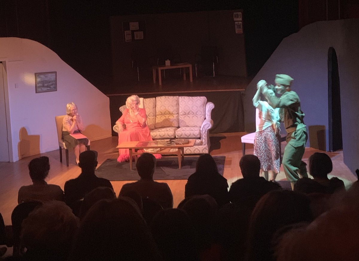 In aid of Homelink, a super charity supporting those caring for those with dimentia, we performed three nights to a packed house #theatre #dimentia #dimentiaawareness #charity #emberplayers
